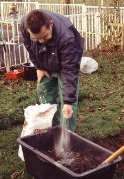 Die Vorbereitung der Pflanzerde
